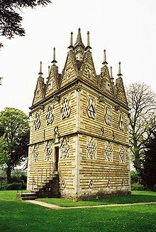 Rushton_Triangular_Lodge