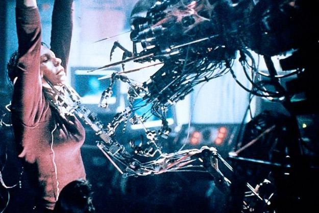 cizgi-roman-sinema-uyarlama-virus