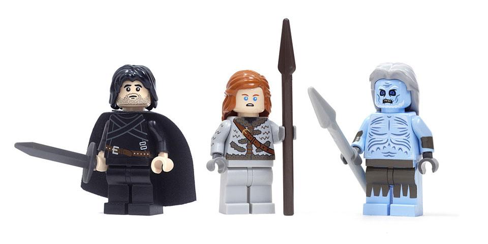 game-of-thrones-mini-figure-1