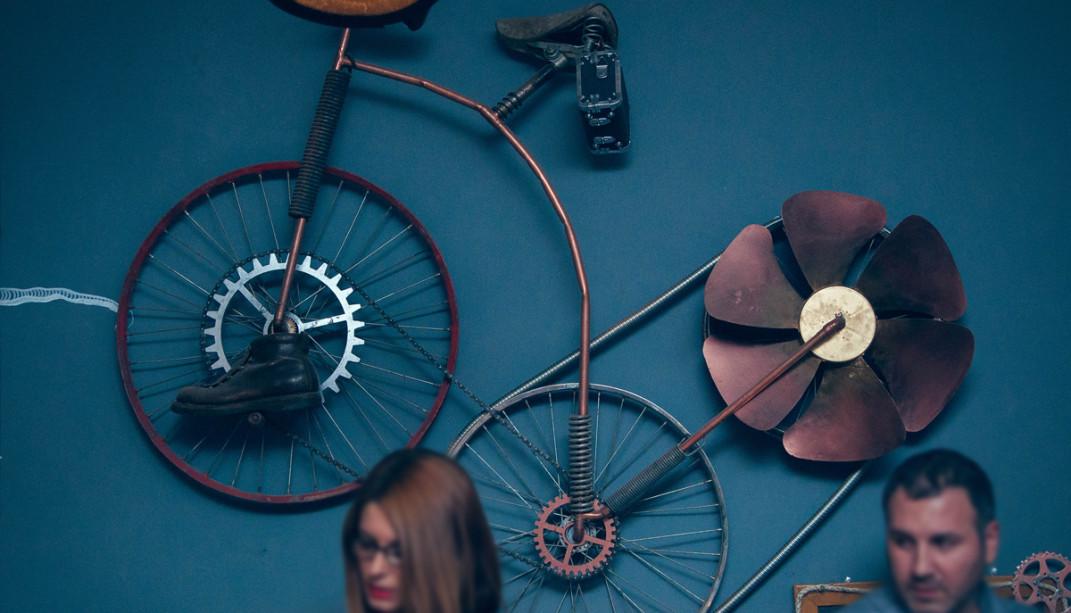 Joben-and-bike-1071x613