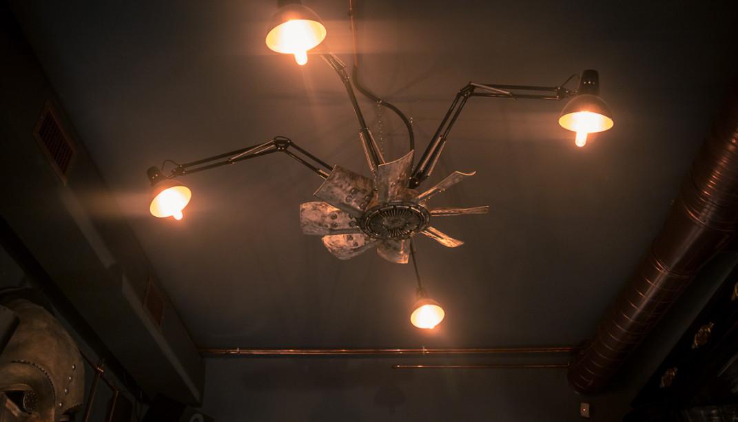 Special-design-chandelier-1071x613