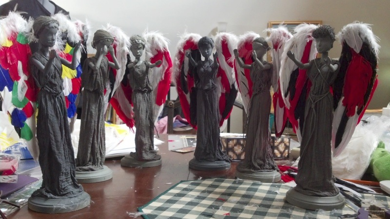 Weeping-Angel-Barbies31large