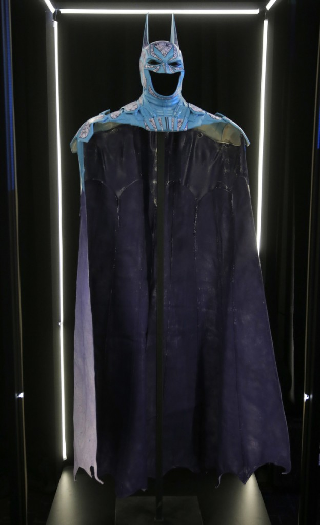 Warner Brothers Batman 75th Anniversary Cape, Cowl, Create Exhibit at SDCC