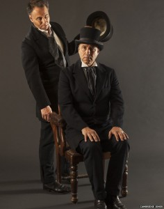 Anthony Horowitz, Dr. Jekyll ve Mr. Hyde kostümünde.