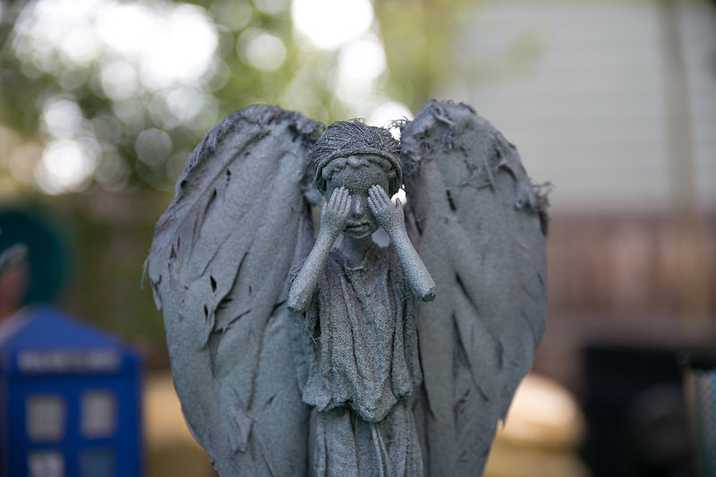 weeping-angel-barbies4large
