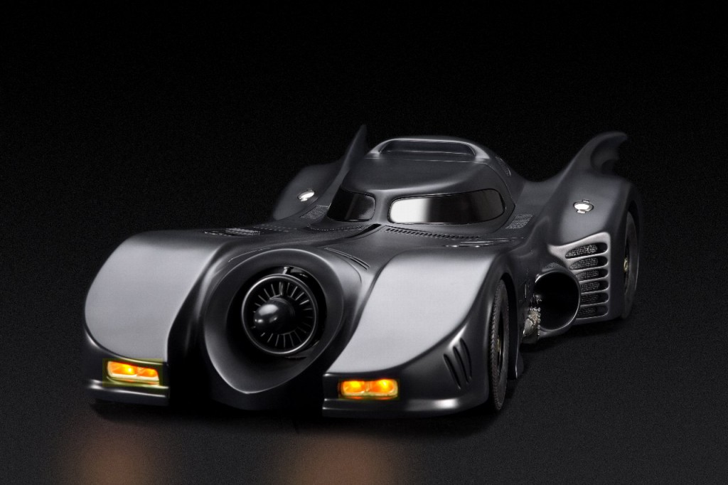 cinemaquette_batmobile1