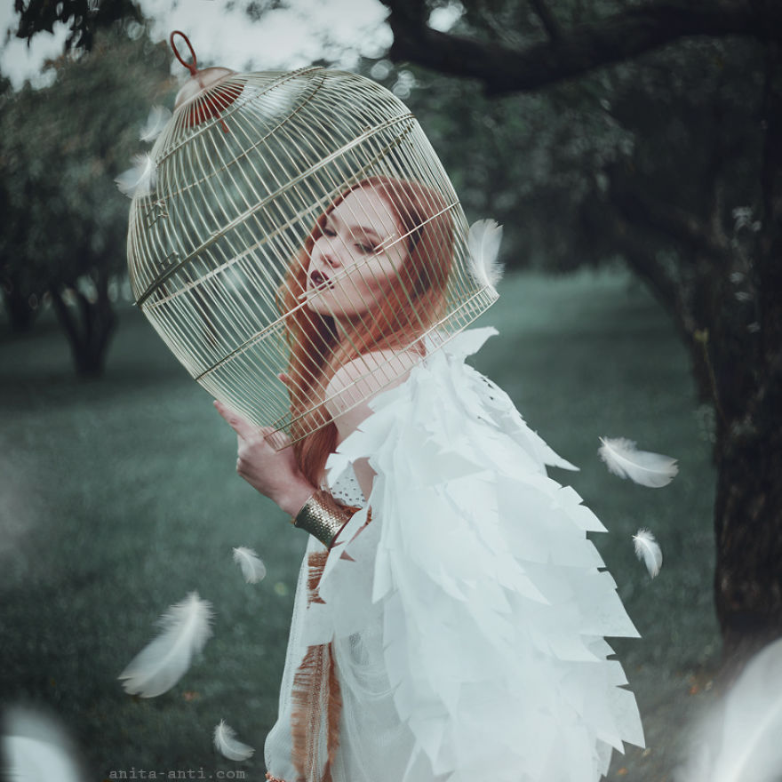 fairytale-photography-women-animals-anita-anti-11__880