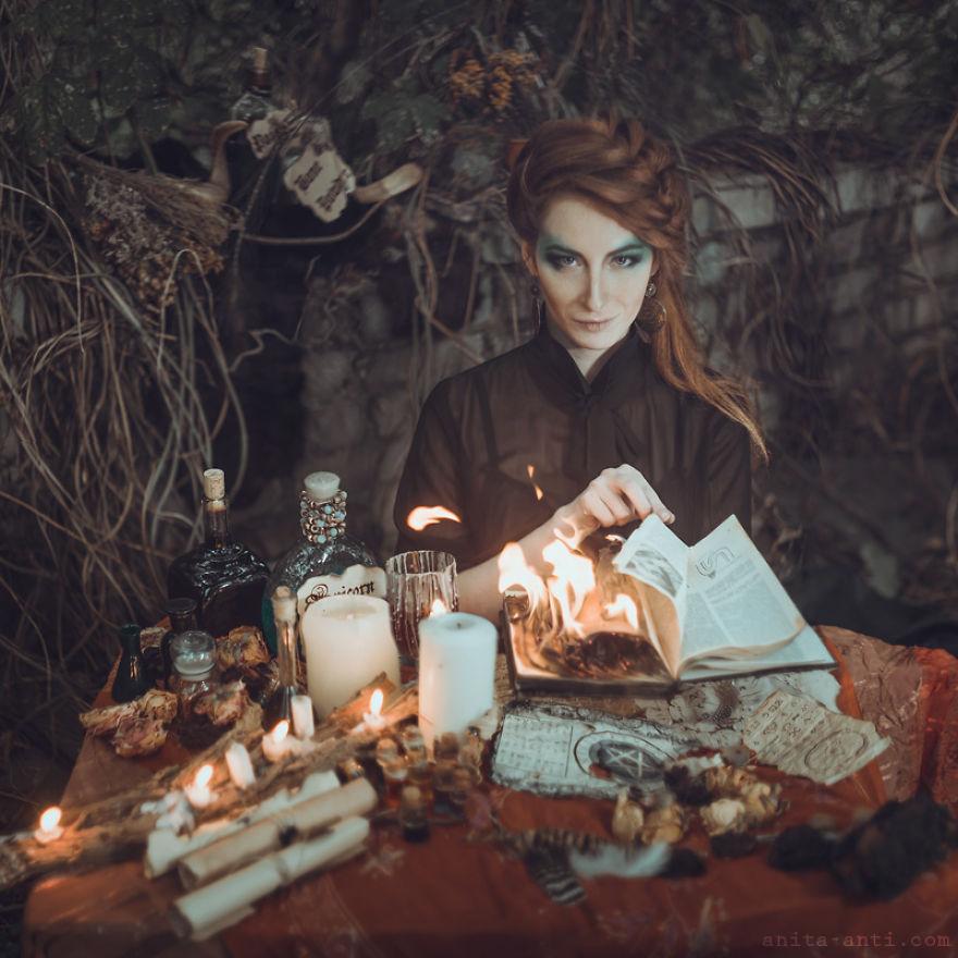 fairytale-photography-women-animals-anita-anti-22__880