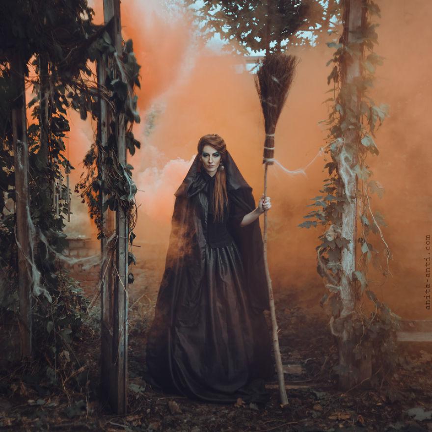 fairytale-photography-women-animals-anita-anti-23__880
