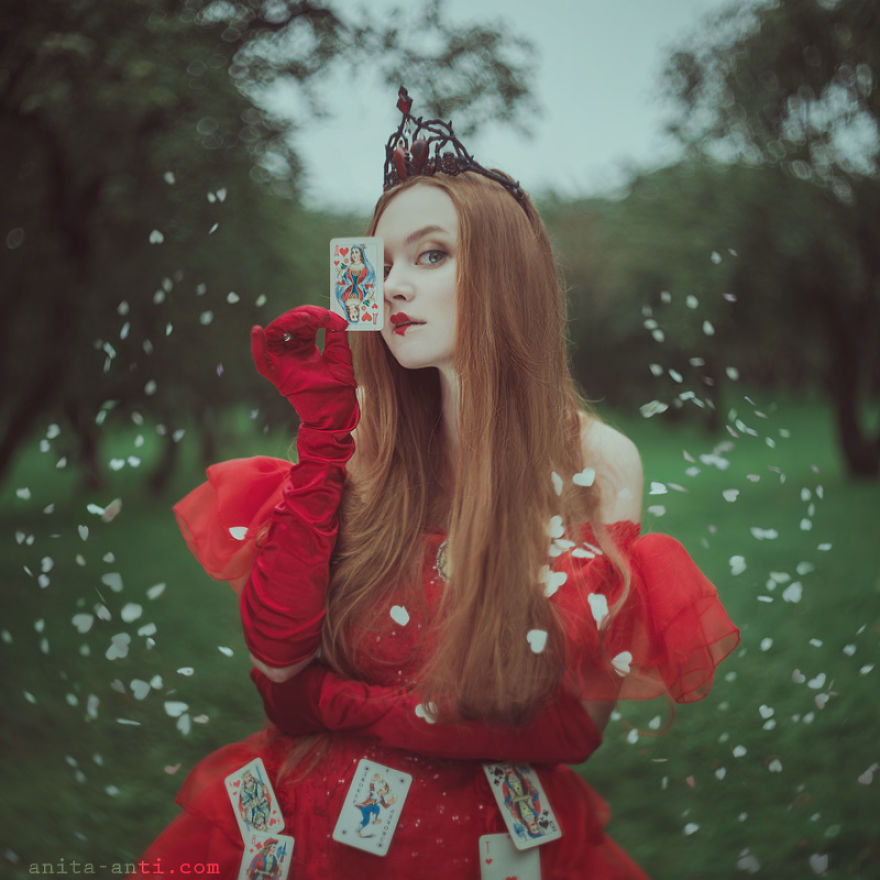 fairytale-photography-women-animals-anita-anti-26__880