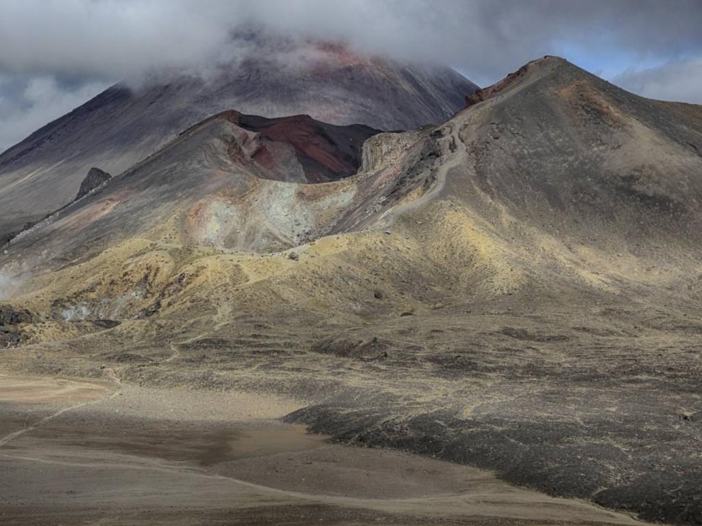 mount-ngauruhoe-craters