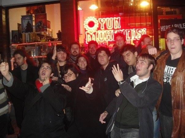 Wizards of Istanbul ekibinden, ufak bir veda mektubu. 5 yıllık bu yolculuğumuzda bizlerle olan binlerce kişiye teşekkür ediyoruz! Fotoğraf Oyun Mühendisi'nde gerçekleşen ilk etkinliklerden, o zamanlar 15-20 kişi falandık, güzel günlerdi : )