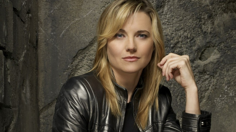 lucy-lawless-gorsel-001