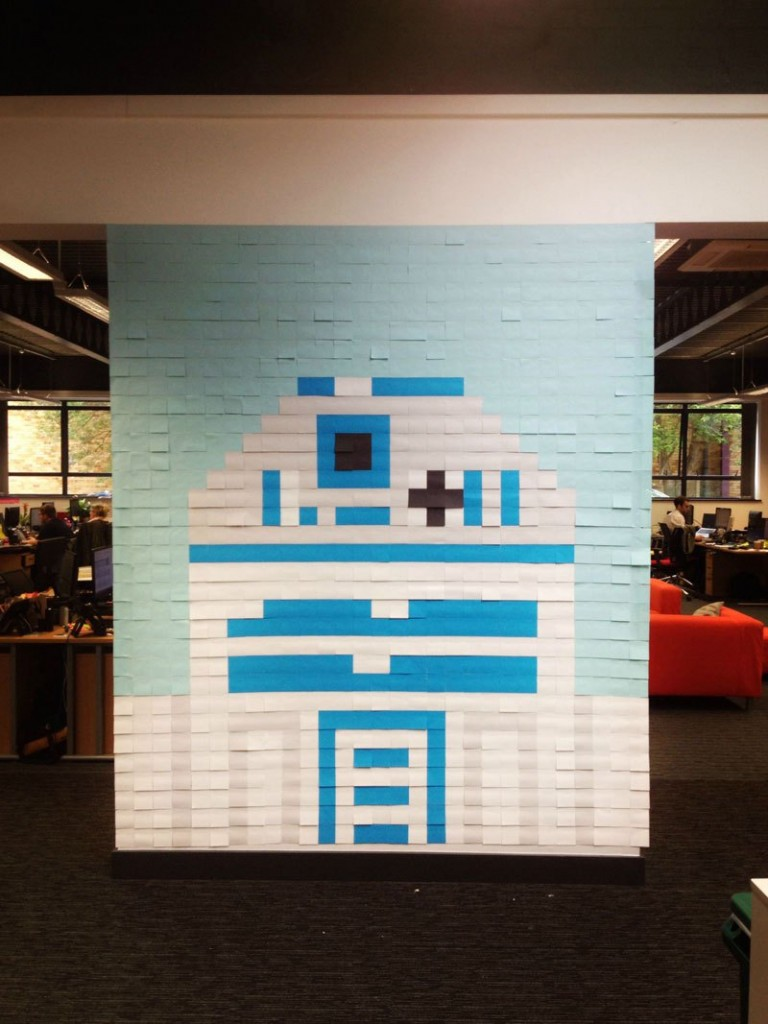co-workers-use-post-its-to-turn-boring-office-walls-into-awesome-star-wars-characters-14