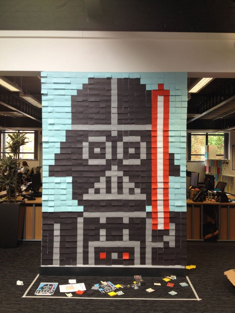co-workers-use-post-its-to-turn-boring-office-walls-into-awesome-star-wars-characters-3