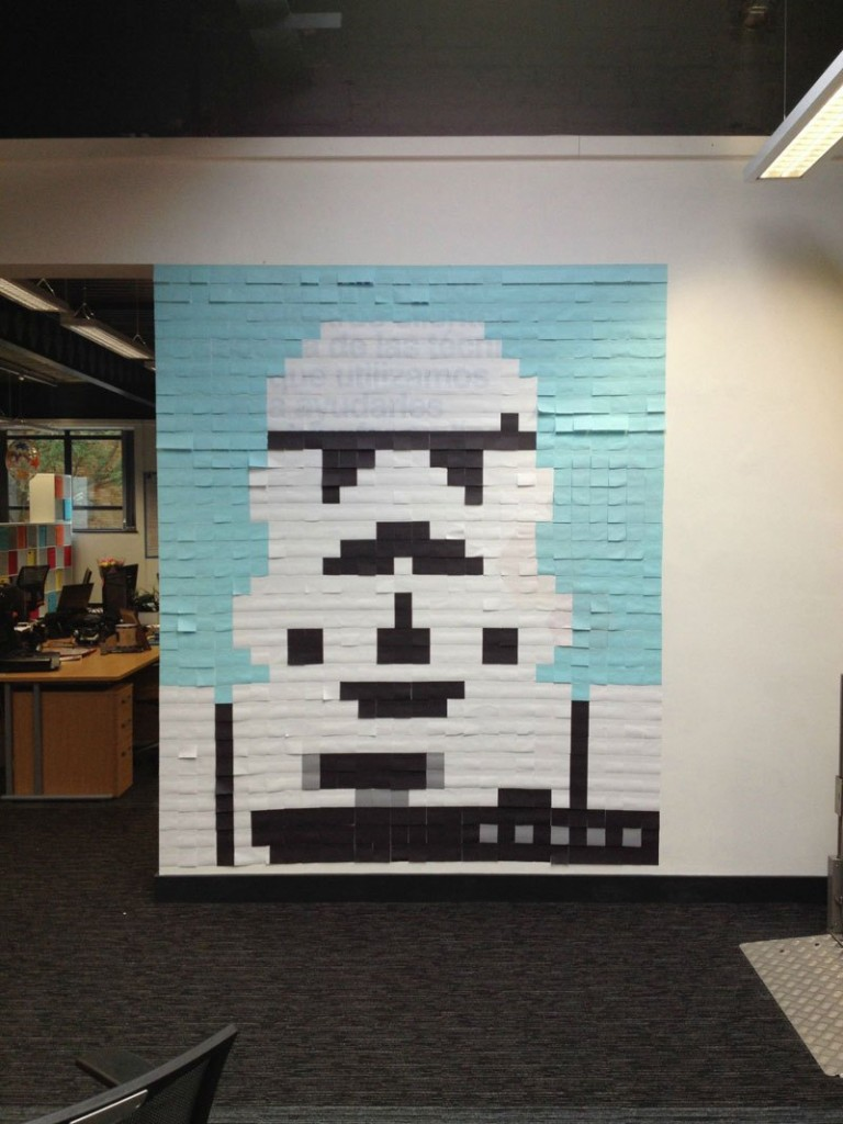 co-workers-use-post-its-to-turn-boring-office-walls-into-awesome-star-wars-characters-4