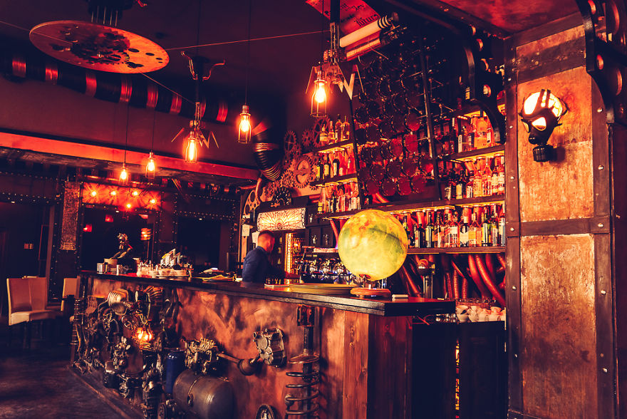 steampunk-bar