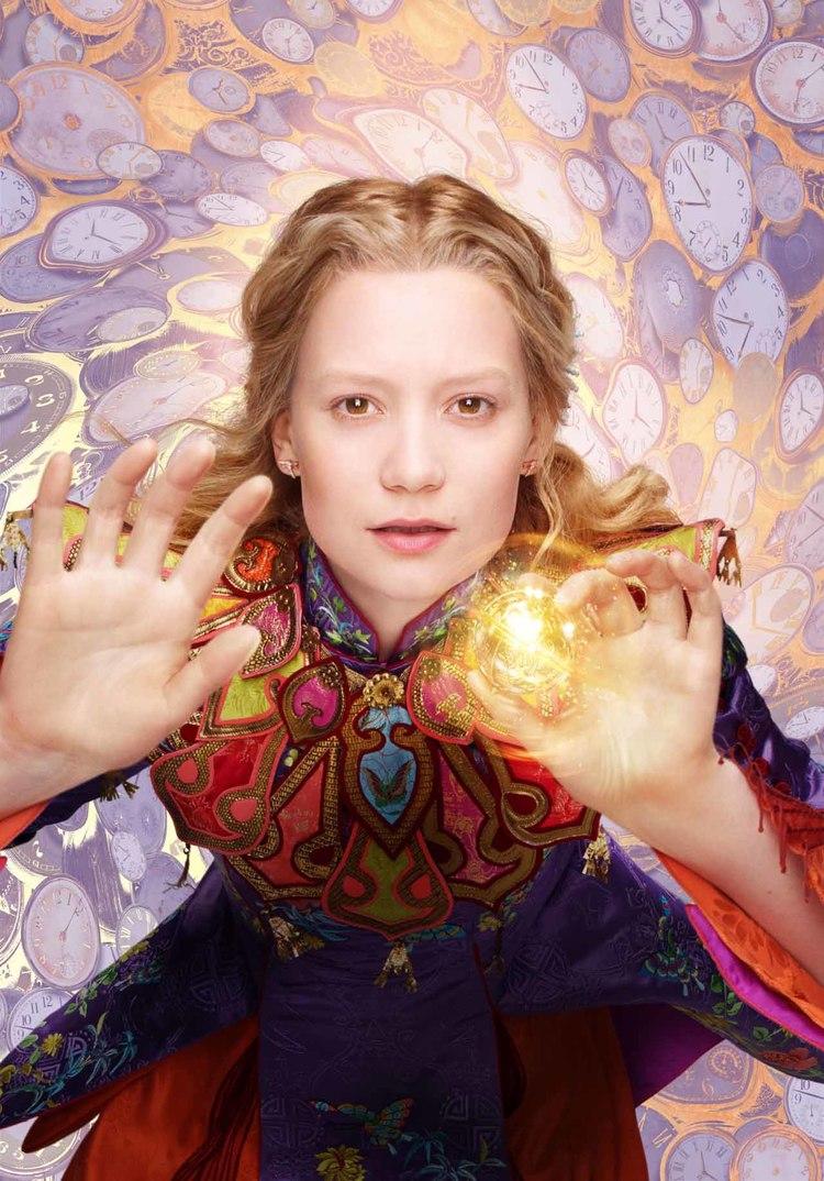 Mia Wasikowska - Alice