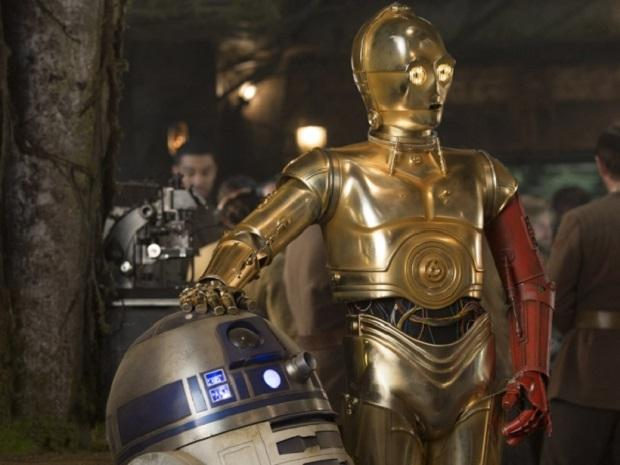 star-wars-the-force-awakens-c-3po-red-arm