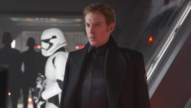 star-wars-the-force-awakens-general-hux