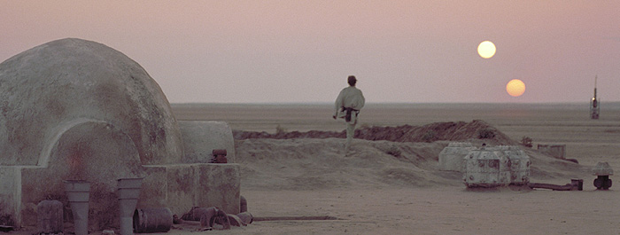 tatooine-banner-luke-star-wars