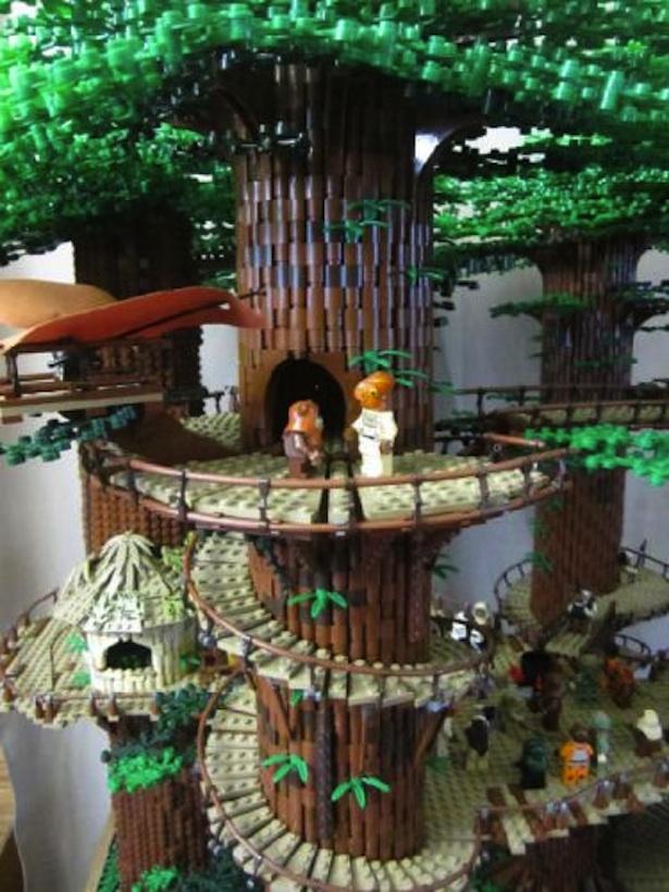 Ackbar-Lego-ewok